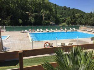 camping piscine La Bernede